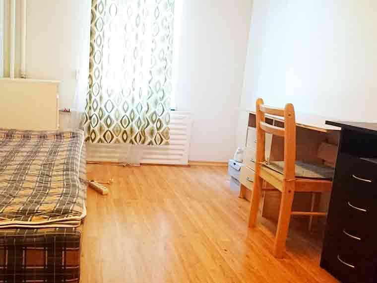 Снять в аренду комнату в центре недорого до 200 Евро - Таллинн