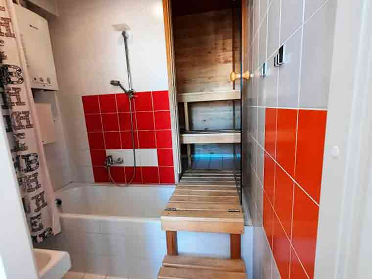 В аренду сдается уютная и просторная квартира в Центре Трешка 3-х